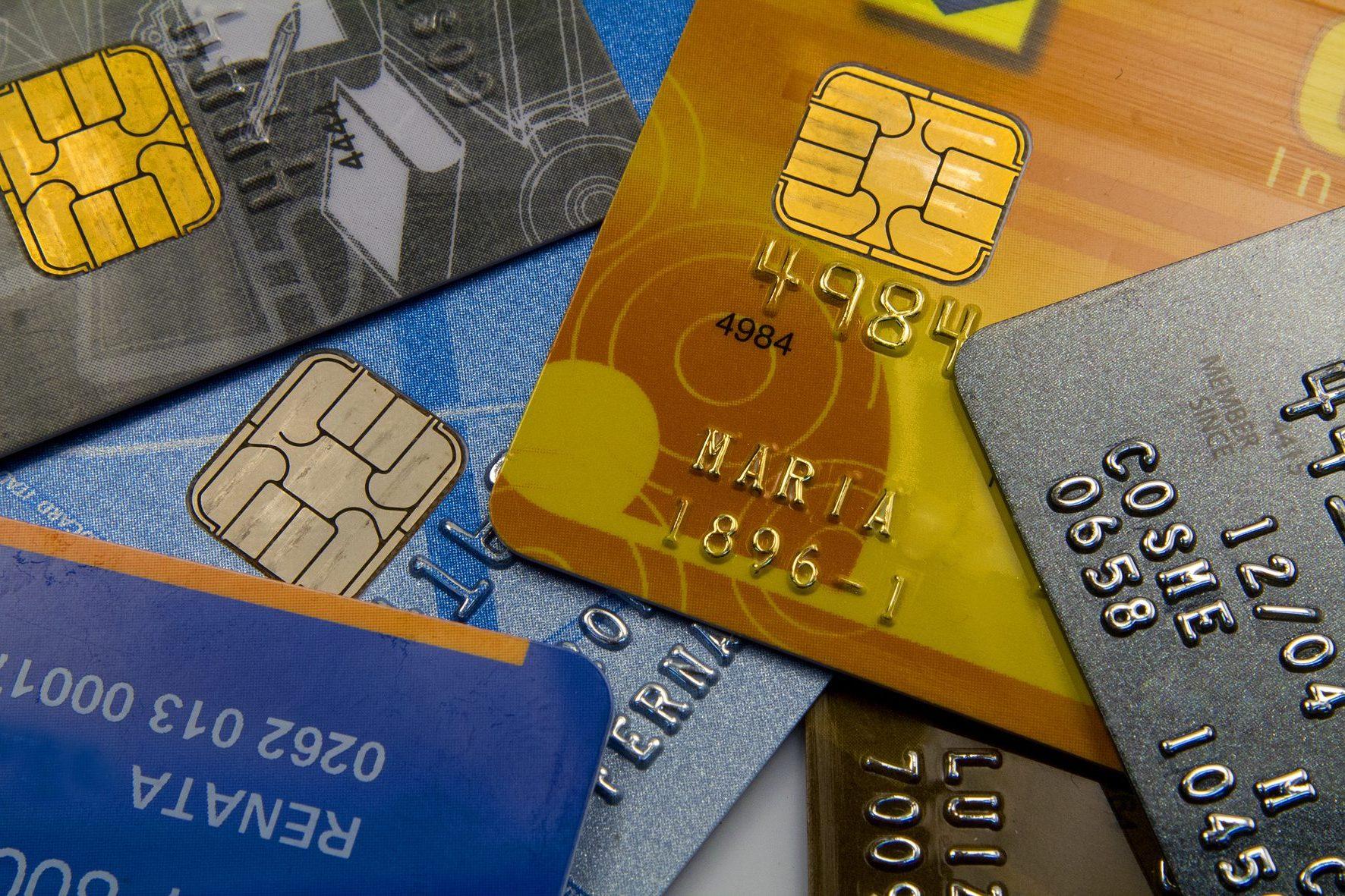 398c132755 Alta dos juros requer o uso adequado do cartão de crédito rotativo