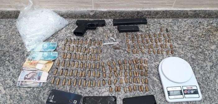 PM detém suspeito de gerenciar o tráfico de drogas no bairro Santa Inês, em Volta Redonda